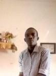 Khadim, 35  , Dakar