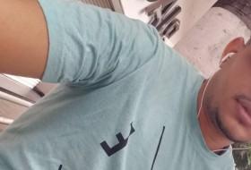 Manoel , 18 - Just Me