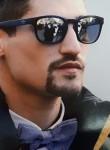 Luciano, 28  , Benevento