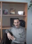 Azad, 47  , Qaracuxur