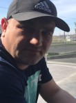 Pavlo, 40, Lviv