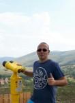 Milos, 35  , Kragujevac