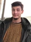 Marco, 21  , Poggiardo