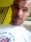 Jerem, 36  , Courcelles