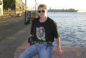 Alex, 64 - Just Me