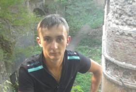 Roma Voznyuk, 29 - Just Me