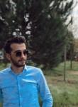 Hamza, 25  , Istanbul