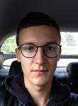 Maksim , 21  , Strugi-Krasnyye
