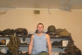 Yan Cherepovets, 39 - Just Me