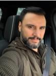 micheal, 40  , Toronto