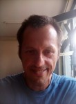 János, 40, Budapest