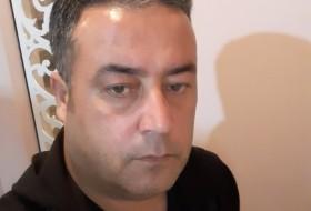 Rahim, 39 - Just Me
