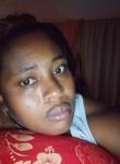 Rosannaupia, 18  , Roseau