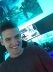 Niklas, 21  , Neumunster