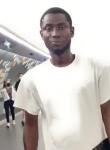 César, 33, Paris