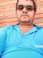 Fabiano Freitas, 38, Brazil, Brumado