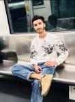 Bekhruz, 20  , Vahdat