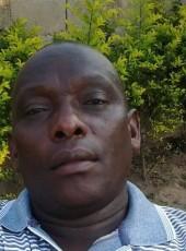 Camindo, 46, Mozambique, Maputo
