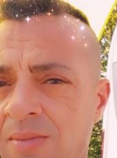 Cyril, 44, France, Oyonnax