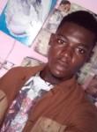 Marc, 23  , Douala