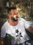 Semih, 32, Izmir