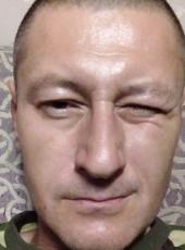 Aleksandr, 44, Russia, Lesosibirsk