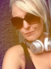 Kayla White, 30, United States of America, Paradise (State of Nevada)