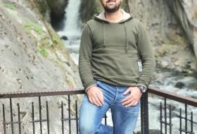 Kamal , 32 - Just Me