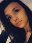 lauryne, 18, Villefranche-sur-Saone
