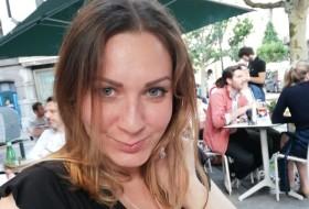 Alina, 34 - Just Me