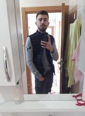 Metin, 25, Turkey, Esenyurt