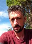 Emmanuel, 42  , Castres