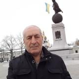 Huseyin, 58  , Obukhiv