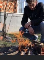 Ali, 25, Turkey, Istanbul