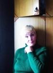 ella, 50  , Byaroza