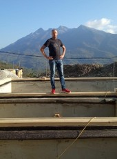 Roman, 34, Russia, Adler