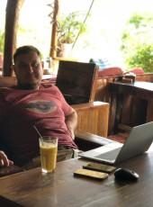 Oleg, 40, Russia, Vladivostok
