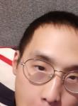 이윤성, 24  , Suwon-si