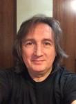 dim, 52, Moscow