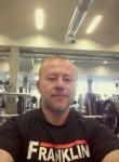 Roman, 45  , Reykjavik