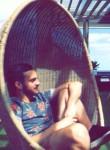 Thomas, 24  , Meudon