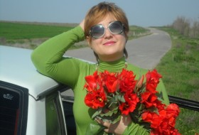 Yulya, 45 - Just Me