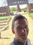 Florian, 23  , Clisson