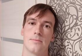 Maks, 38 - Just Me
