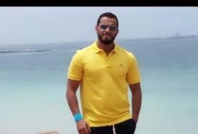 Amine , 31 - Just Me
