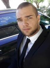 Antonio, 24, Italy, Molfetta