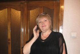 Lidiya, 60 - Just Me