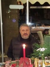 Kemal  Kartal, 48, Türkiye Cumhuriyeti, İstanbul