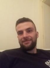 Steve, 28, France, Nort-sur-Erdre