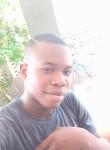 Jacques, 21, Lome